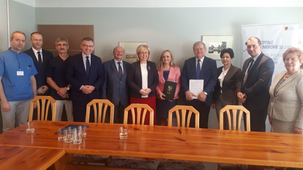 Lokalne samorządy wspierają wejherowski szpital